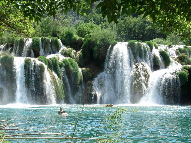 header image for The waterfalls of Krka and Plitvice Lakes National Parks