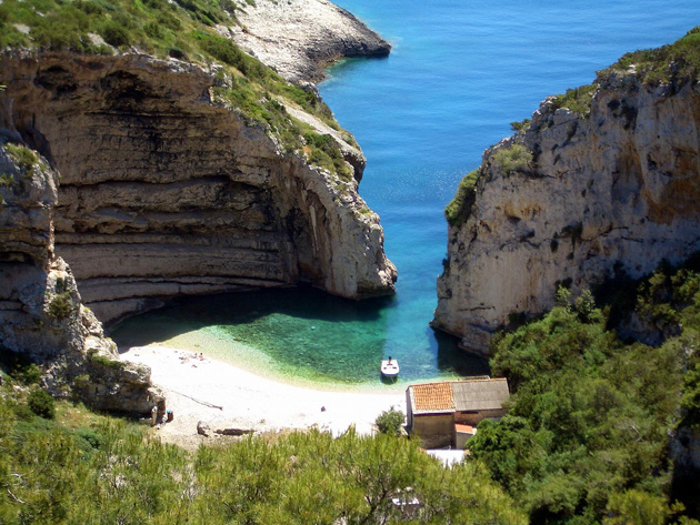 header image for Beautiful Bays and the Blue Cave on the Island of Vis